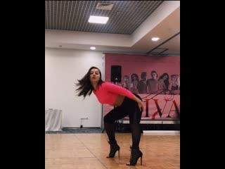 Kizz high heels class by Nina Shevchenko Divas festivalValeria Rekun