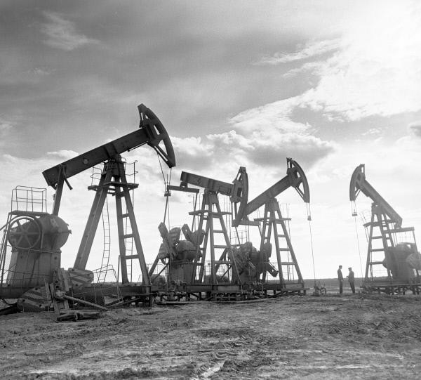 Рисунки фотографии нефтяных вышек прошлых годов осб