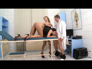 Horny lesbians Melanie Gold 'n Kira Queen blow doctor [Blonde, Brunette, Big Tits, High Heels, Threesome, Licking, HD Porn]