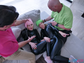 Leah Lee, Bella Rose - Thieves  [2020 г., All Sex, Foursome, FFMM, 69, Cowgirl, Doggystyle, Step Dad, Taboo, Teen]