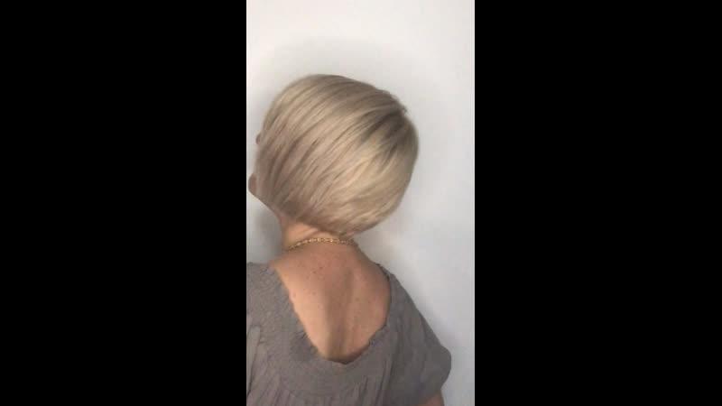 Блонд который смотрится дорого 💯 Наташенька❣ для тебя новый цвет блонда и стрижка новая в твой день рождения У нас с тобой всегда блонд и он у нас разный блонды это море подтонов оттенков ух это здорово 💍Добро пожаловать в мир идеальных блондинок Разумеется я совершенно одинаково люблю всех наших клиентов моделей блондинок рыжих брюнеток и шатенок Еще я люблю красивые блестящие волосы стильные и легкие в уходе стрижки Конечно☝🏽 бренд с которым работает твой мастер важен Так как у нас профессионалов есть негласное мнение о потенциале бренда это влияет и на цветовую палитру которую можно создать и на безопасность окрашивания и конечно на стойкость цвета Главное еще не стоит забывать и о том с каким материалом вы работаете это я о волосах 🤣 Работы выполняются на красителях премиум класса Испания Италия и экобрендах Франция 💜➡ haircutseducationlg 📌💈✂Профессиональные инструменты ножницы машинки фены расчески пеньюары и т д материалы и препараты ведущих брендов Европы вы можете приобрести в нашем магазине на базе учебного центра Наш магазин luginstrument Группа по обучению haircutseducationlg Instagram pankova victoria thebarber max Вк pankovaviktoria thebarber max ☎Телефоны 380666783030 МТС 380721352406 Лугаком Viber обучение 380950456111 МТС продажа косметики инструмента и обучение 380959262880 МТС ремонт ukraine lugansk украина луганск викторияпанкова луганск колористлуганск окрашиваниеволосЛуганск обучениепарикмахерскомуискусству обучение курсы семинар курсыколористика колористика лечение окрашивание причёски стрижки стрижка стрижкалуганск мужскаястрижка барбер barber барбершоп barrbershop машинки инструмент ножницы заточка ремонт ремонтинструмента парикмахер elegance uppercut reuzel bluebeardsrevenge wahl andis babyliss moser kiepe jaguar kedake proline виталитисукраина колорист колористлуганск парикмахерлуганск окрашиваниеволослуганск hairstyle color луганск лнр луганск викторияпанкова колорист колористикаобучение парикмахерлуганск обучениеколористикилуганск колорис