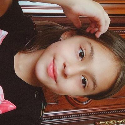 Данита Хатажукова