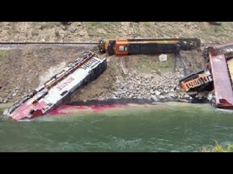 🚂 Accidentes Ferroviarios Recopilatorio(Escucha,Detente y Salva tu vida)Parte 2 🚂 CazaTrenes4125