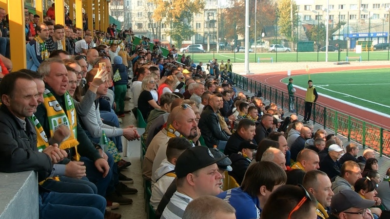 Гравці «Полісся» поділились враженнями від ігор в Житомирі та розповіли, як на них впливають трибуни