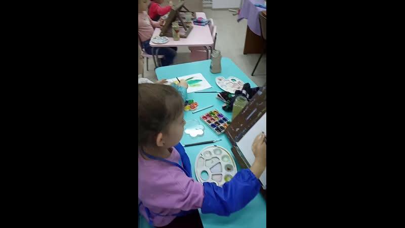 Дошколятам нравится заниматься творчеством
