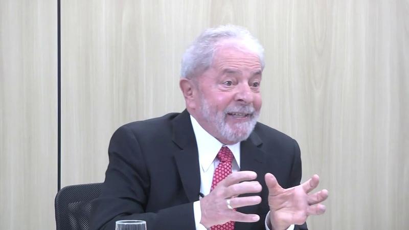 Lula explica a relação entre inclusão social consumo desenvolvimento e democracia