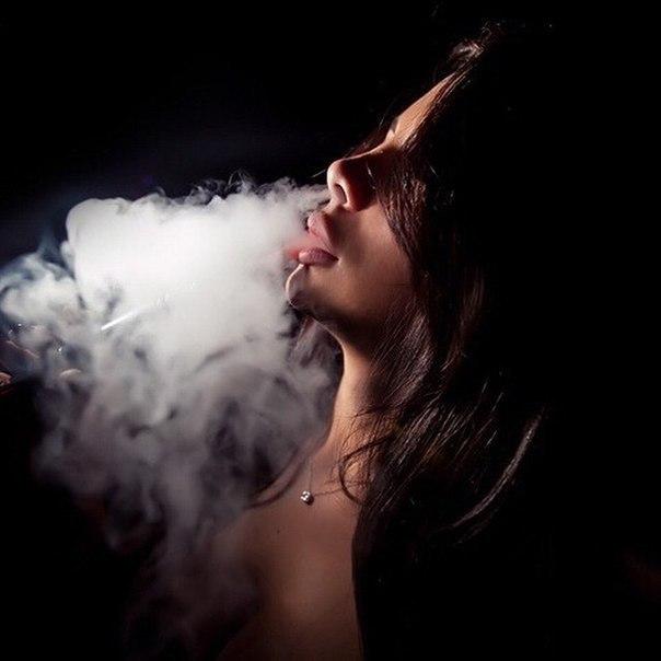 фотки дым изо рта они сей день