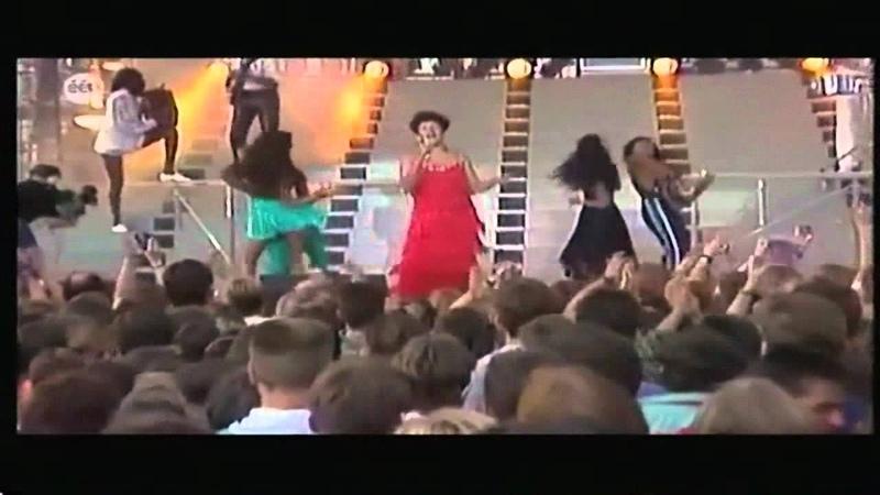 KAOMA Lambada live Chorando se foi Loalwa Braz.