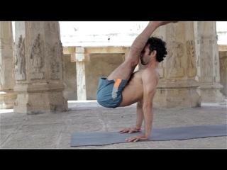 ashtanga yoga with ajay tokas (full sequence)