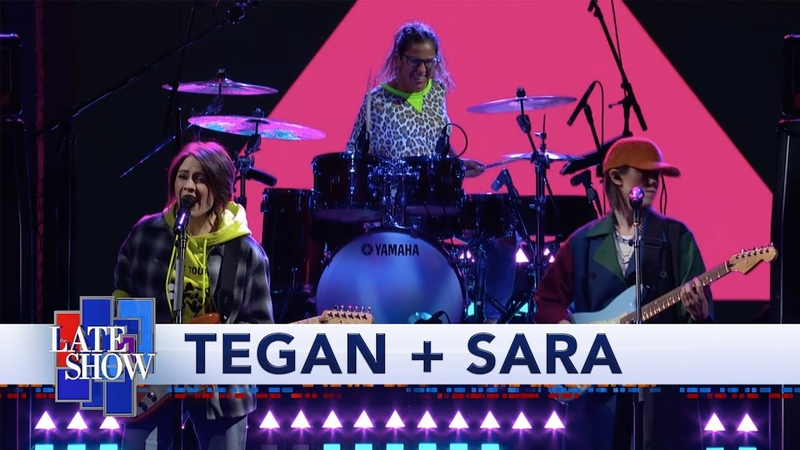 Tegan Sara Perform 'I'll Be Back Someday'