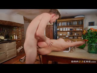 Amber Jayne - New To Nudism [Athletic, Bald Pussy, Big Dick Worship, Big Tits, Blonde, British, Cheating, Couples Fantasies]