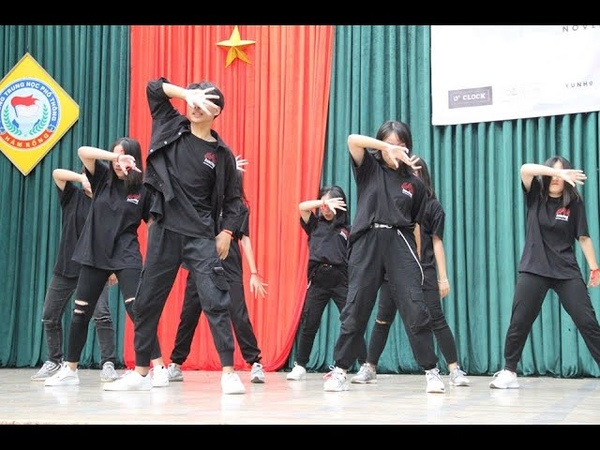 DWYS 2019 BBHMM BABY SHARK REMIX FLASH Dance cover by CLB DANCING HAMRONG