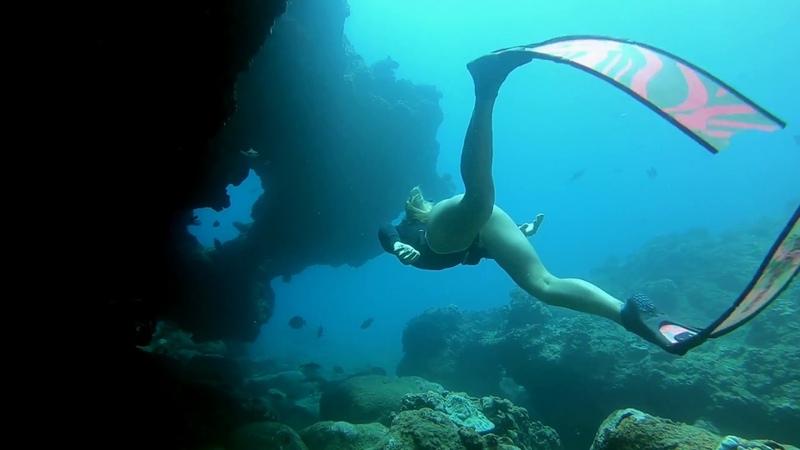 AUTOMATIC Alicia Neylon freediving caves on Oahu