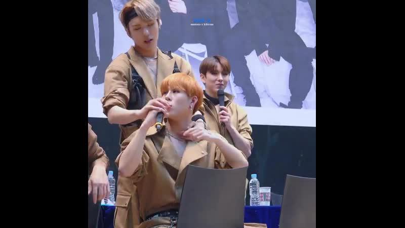 Фансайн в Каннаме 2 11 2018 JooHyuk Monsta X Jooheon Minhyuk 2Lee JooMin HoneyPup