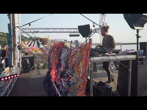 YokoO Daydreaming Stage by Neversea Festival Romania 2018 on DanceTelevision