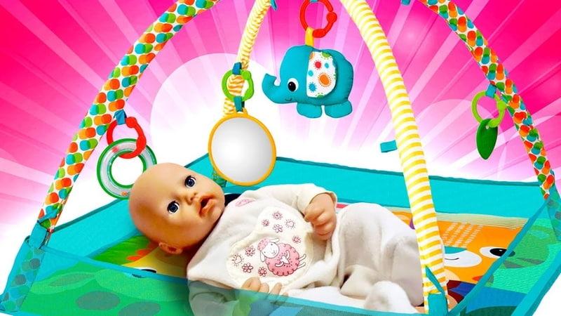 Baby Born için yeni oyun halısını alıyoruz Bebek bakma oyunu Bebek Annabelle