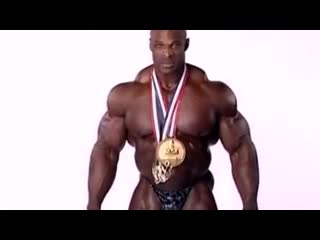 2004 , Ronnie Coleman, backstage.