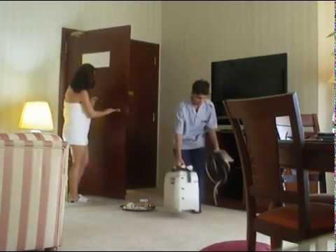 Arab Slut 18 Erotic sex movies Couples movie شرموطة عربية تغري العامل في الفندق سكس عربي