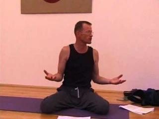 Душевное равновесие.Гарценштейн Л. (Киев 2006, семинар) Йога. Реабилитация позвоночника