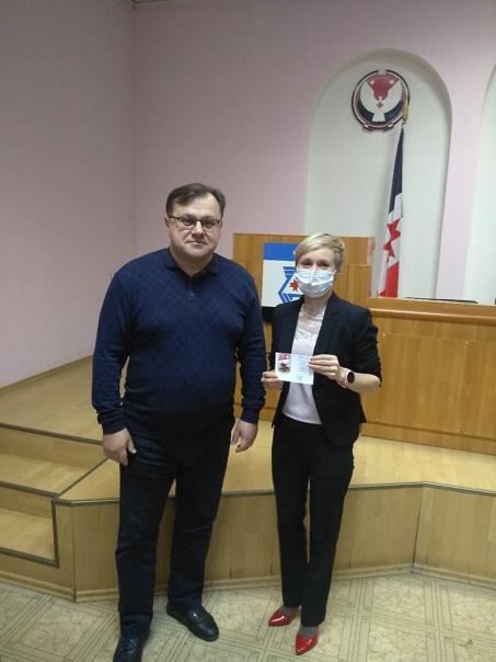 Глава Балезинского района наградил работников Администрации