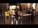 Харли Квинн, Джокер и Бэтмен решают кроссворд