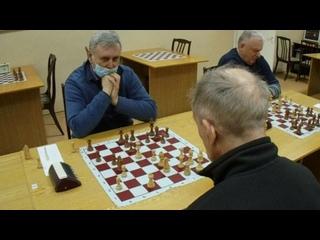 Мушкетёры против гвардейца кардинала