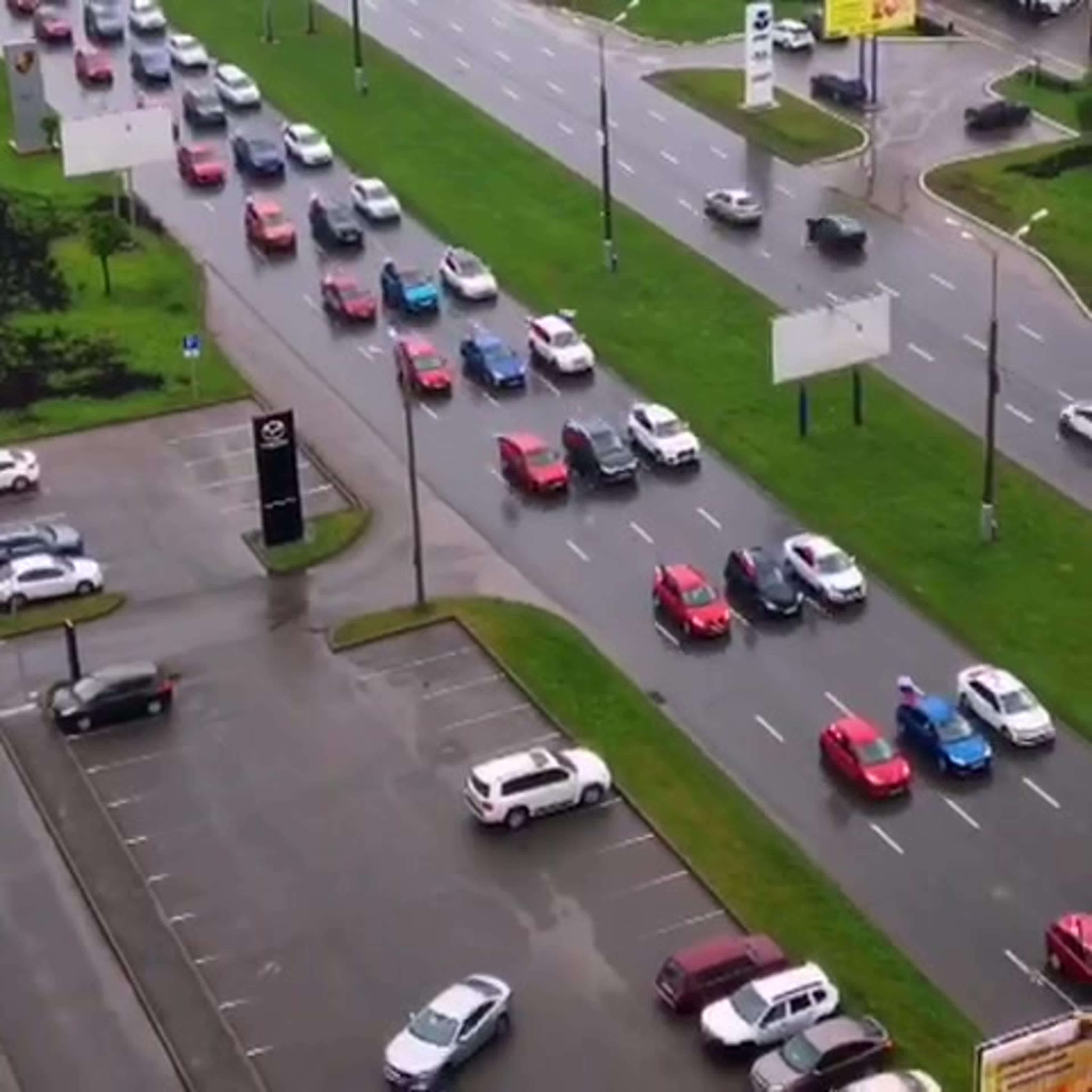 Автопробег «Триколор» пройдет 22 августа в ИжевскеВладельцы