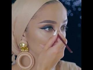 Роскошный макияж. Как вам?)