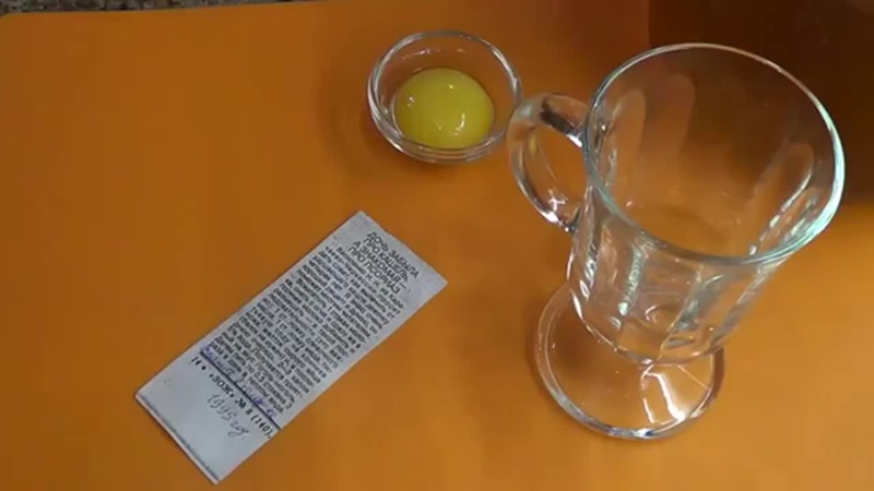 Меня мама так в детстве лечила Рецепт от кашля: молоко мед масло желток сода йодРецепт от кашля молоко мед масло желток сода йод