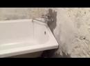 Установка акрилового вкладыша в ванну.mp4