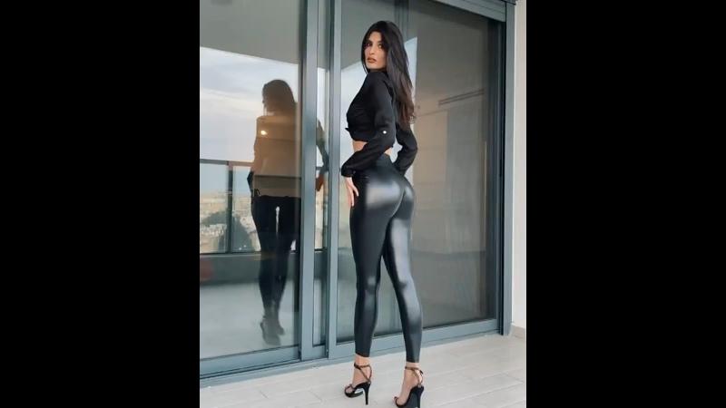 Yael Cohen Aris - 44