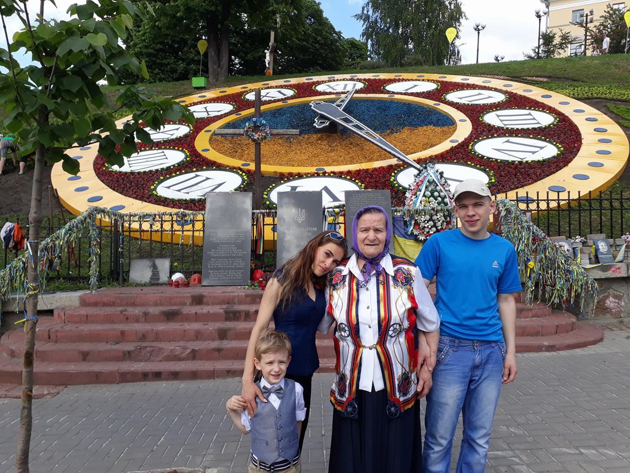 фото из альбома Машулик Бондаренко №8
