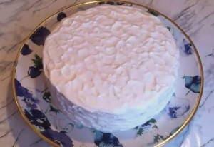 Торт «Молочная девочка» со сливочным кремом