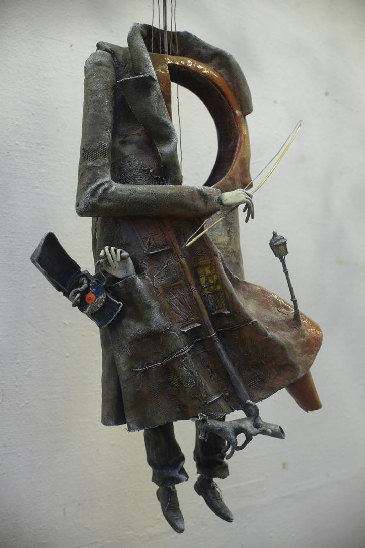 Ирина Варшавская. Иосиф Бродский, поэма «Шествие», Романс Скрипача. И только струны, струны, провода, и только в горле красная вода (фрагмент)