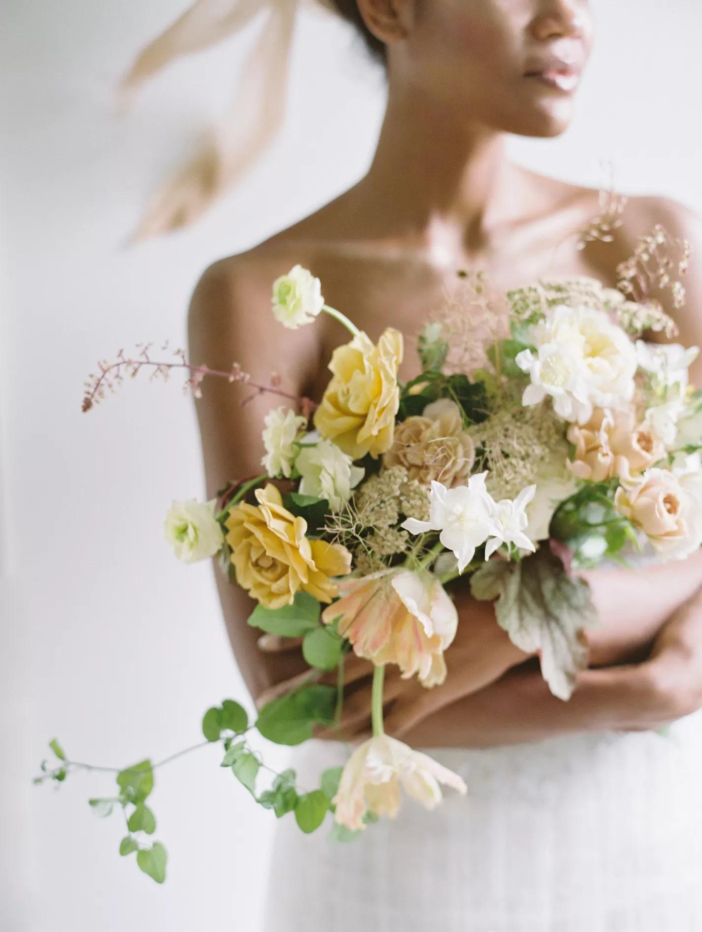 zSywJf A4po - Букет невесты из тюльпанов