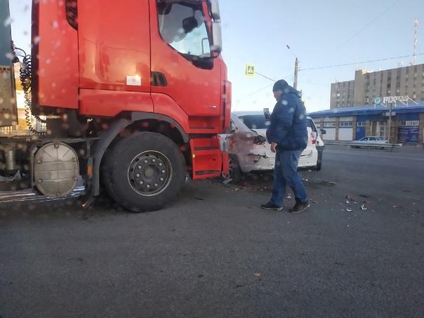 В Новошахтинске на Городской произошла авария с уч...