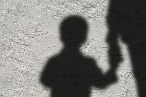 В Новосибирске 52-летний мигрант изнасиловал подро...