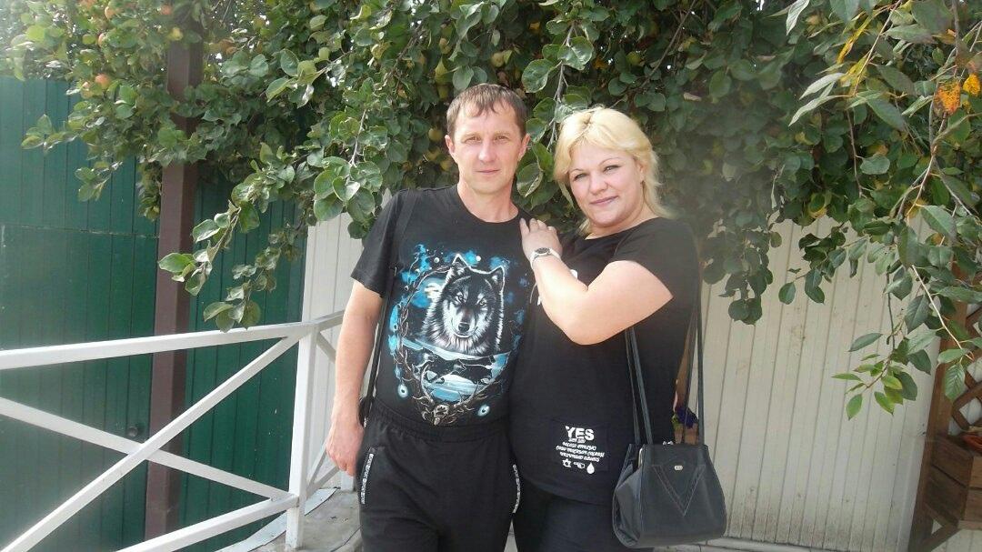 Zoya, 39, Satinka