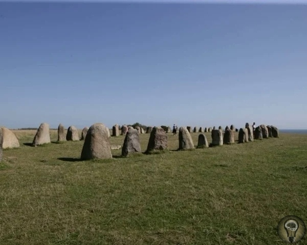 Каменные корабли Швеции