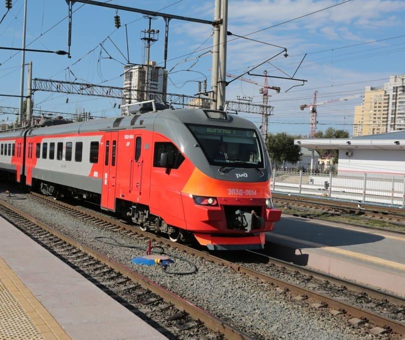 На период майских праздников в Саратове запустят скорый поезд в Волгоград