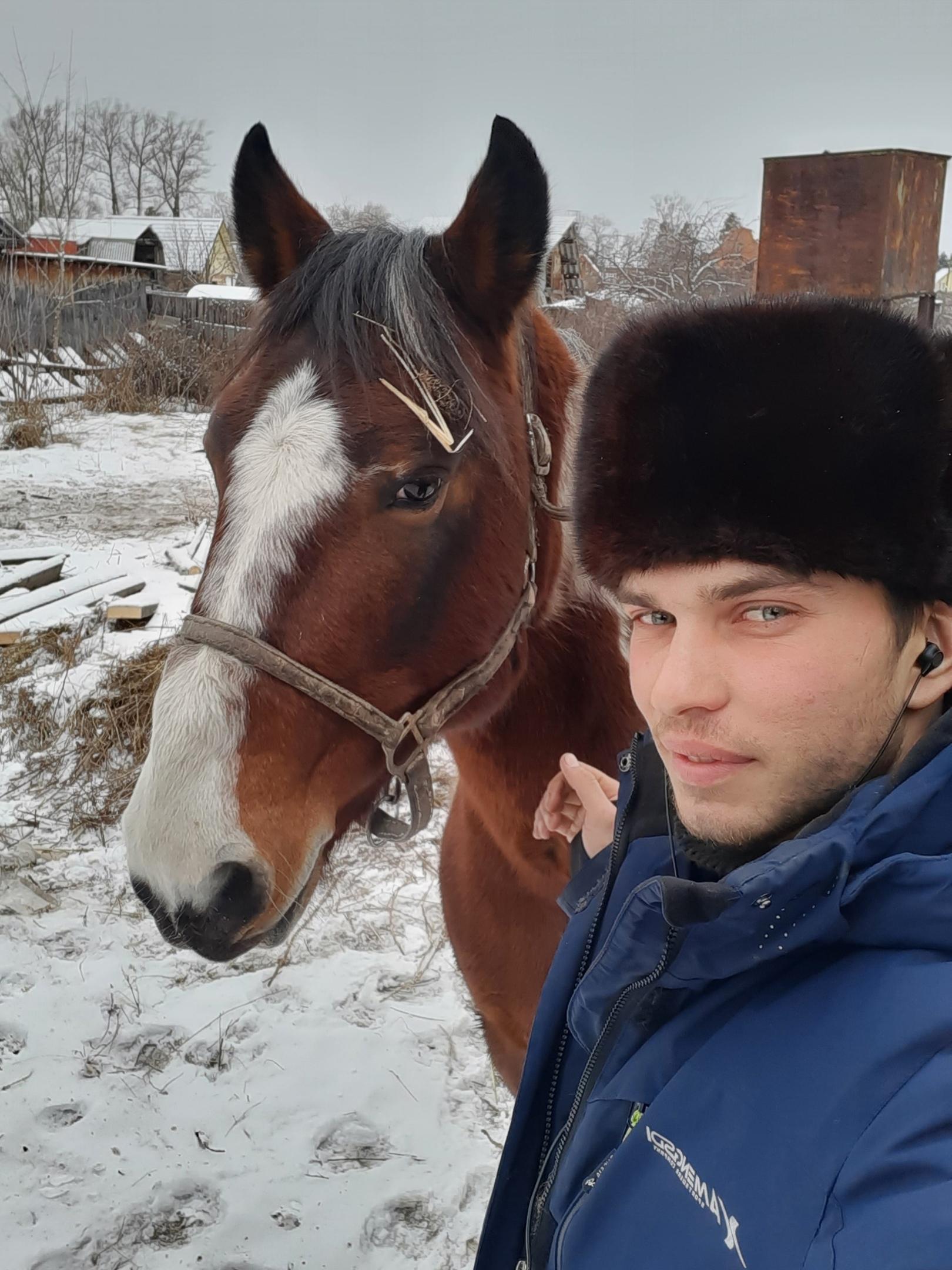 Александр, 23, Mezhdurechensk