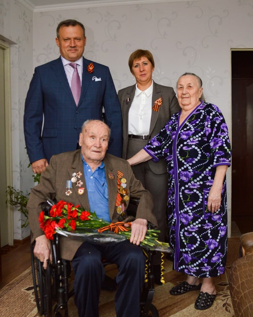 Алексей Кулемзин поздравил освободителей Донбасса с наступающим праздником
