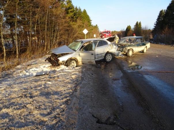 Сотрудниками полиции Каргопольского района устанавливаются обстоятельства дорожн...