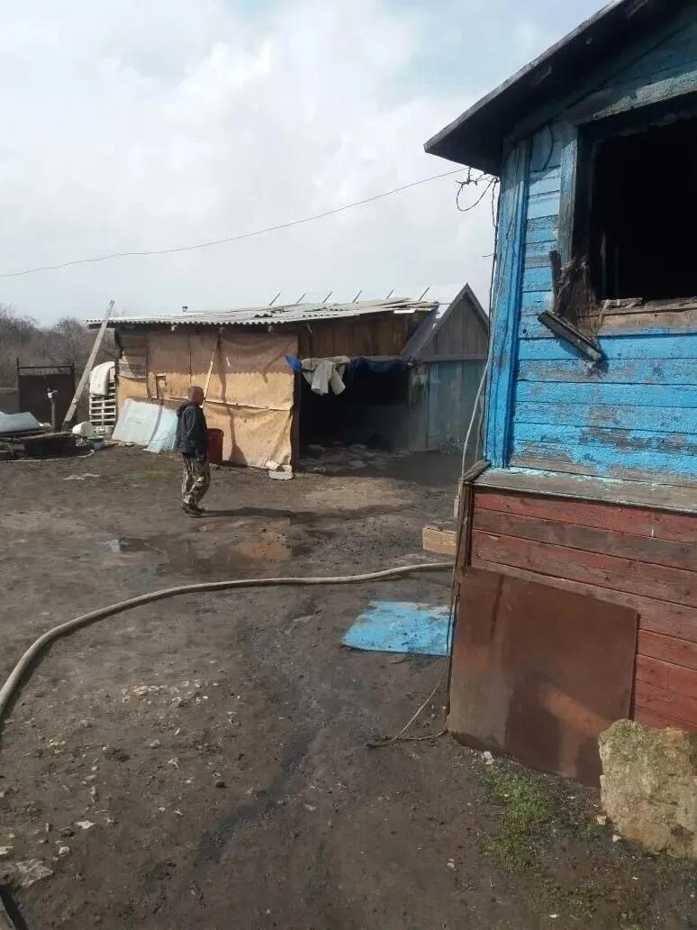 В селе Озёрки сгорел жилой дом