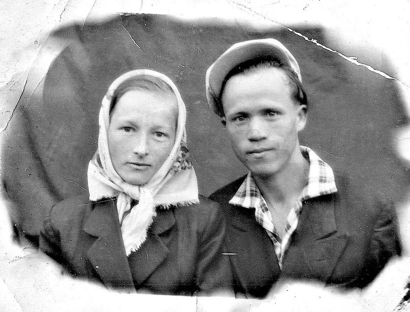 «Как молоды мы были...» Любовь Семёновна и Пётр Михайлович Вараксины.