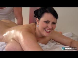 Массажист кончил в девушку, massage creampie busty milf mature, huge boobs, pussy, wet, orgasm, жесткий трах, сиськи