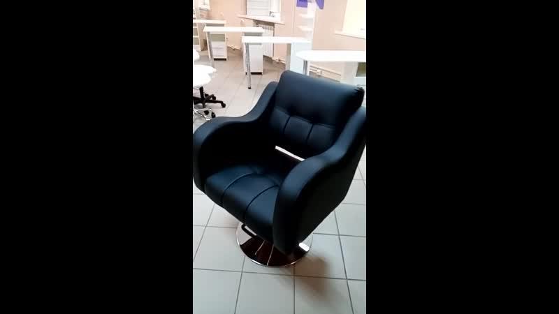 Парикмахерское кресло № 2