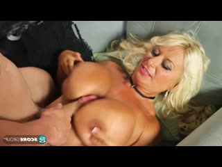 Annellise Croft (51) Loves in the Ass [Anal, Mature, MILF, Big Tits, Big Ass, All Sex, 720p]