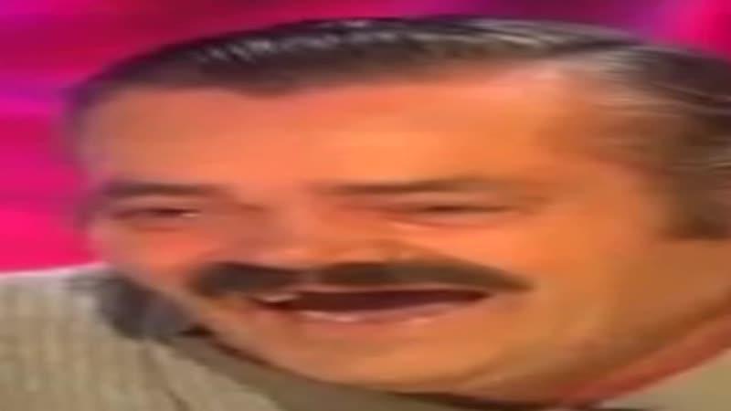 Широкий испанец ржет