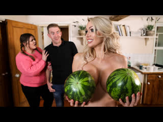 MilfsLikeItBig 19 12 12 Amber Jayne - New To Nudism